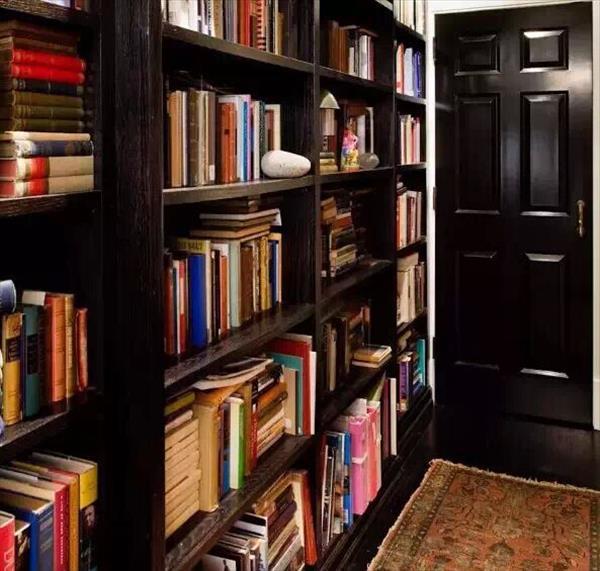 澳威教您小技巧怎样整理书柜?